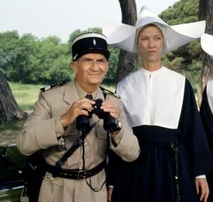 gendarme-et-les-gendarmettes-1982-09-g-300x285.jpg
